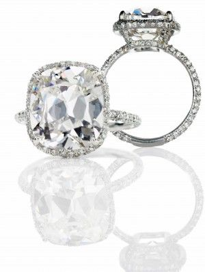 Molly Sims engagement ring - 8 carat cushion cut
