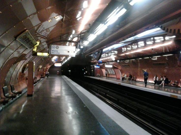 Estación metro de Arts et Métiers.
