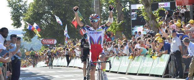 Joaquim Rodriguez wint de etappe op de muur van Hoei