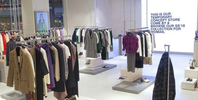 Zara abre tienda física para comprar online.