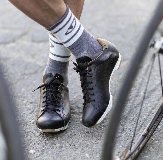 Giro Republic - Stylish work commuter