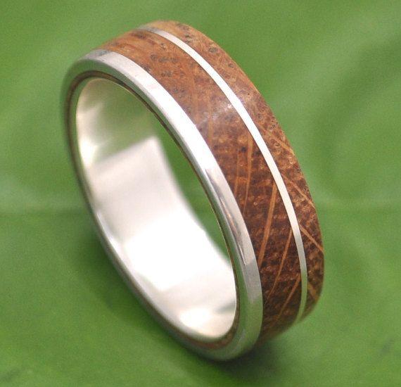Bourbon Barrel Wood Ring  White Oak Un Lado Asi by naturalezanica