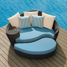 Looks so comfy! Not really feeling the blue and striped pillows though: Outdoorfurnitur, Idea, Decks, Outdoor Furniture, Chairs, Patio Furniture, Outdoor Patio, Patiofurnitur, Outdoor Pools