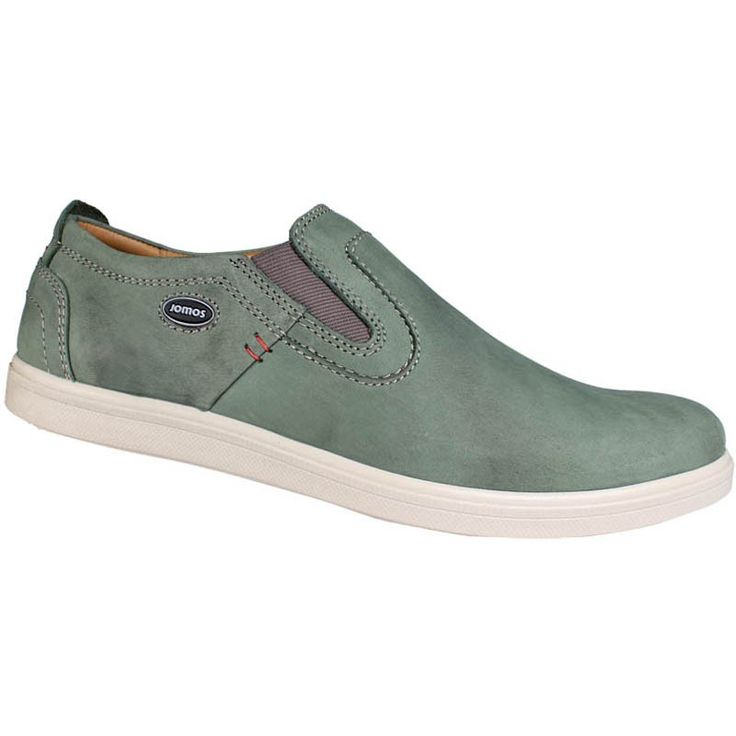 Men slipper shoes in green. Leather moccasins with contoured tread internally, elastic band for a comfortable fit and elastic outsole. Casual look and comfort large sizes in Jomos. http://www.bigshoes.gr/mens-shoes/moccasins/316203-12-760.html