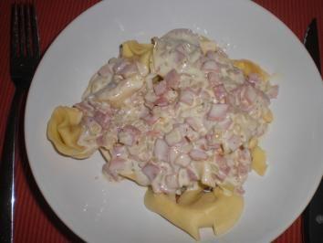 Rezept: Tortellini mit Käse-Schinken-Sahne Soße Bild Nr. 2