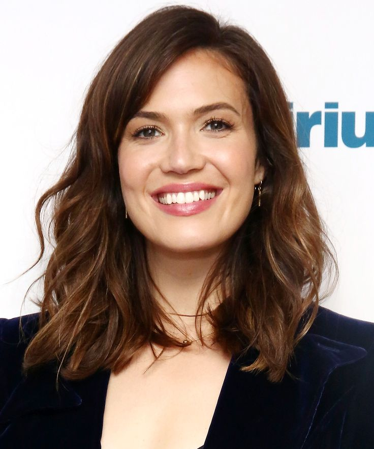 Mandy Moore gave us major '80s nostalgia with her latest hairstyle. See it here.