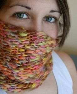 Taffy Twist Cowl Chunky #5 yarn Easy