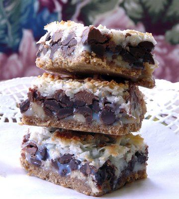 Hello Dolly bars? Whatever the name, they look good.