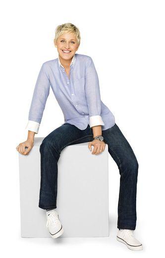 love the chair w/Ellen