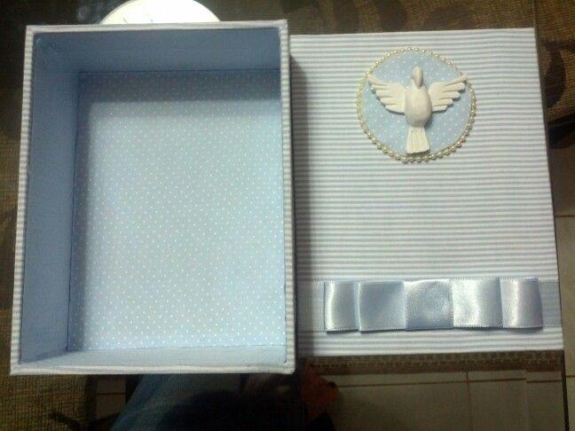 Caixa MDF revestida tecido de algodão.  Mimo/Convite para padrinhos de batizado.