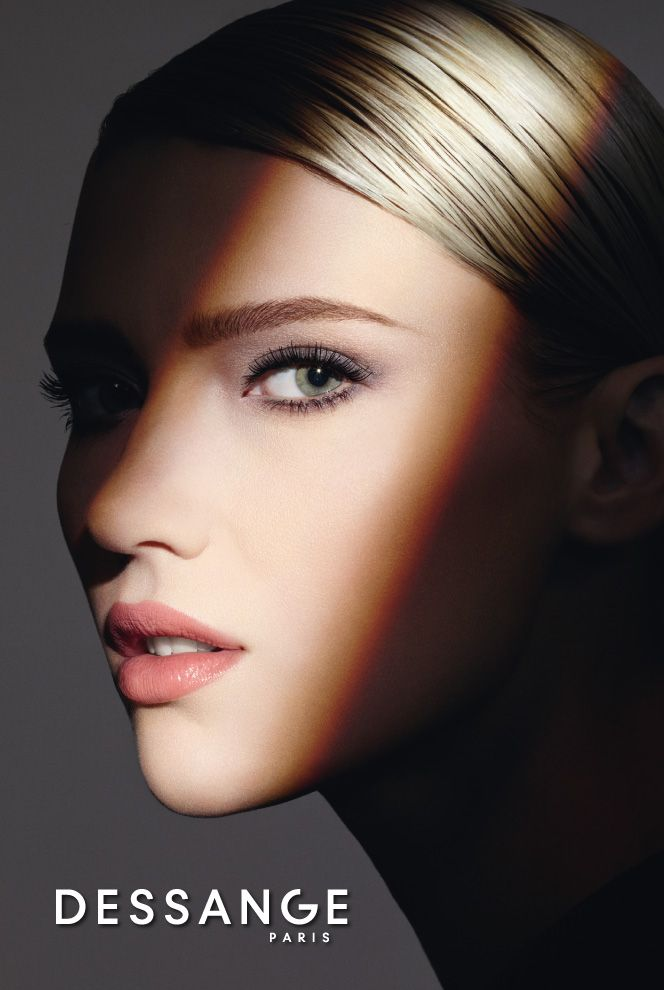LIGHT OF SHADOWS - Fall Winter 2015/2016 Make-up Collection. Available in DESSANGE Salons, certified points of sale and on www.e-dessange.com only.   #DESSANGE #Collection #Makeup #FallWinter #LightOfShadows #GlobalBeauty
