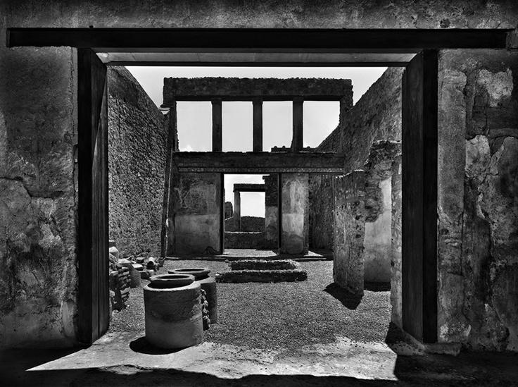 Scavi. Pompei, 2010 © Pino Musi