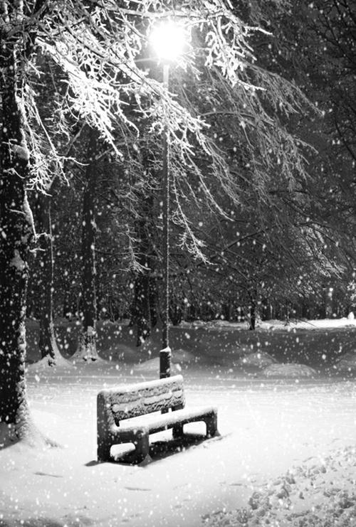 Kuka murhasi Markku Jalkasen...Melinda istuu puistonpenkille... #Syntitehdas #murhamysteeri