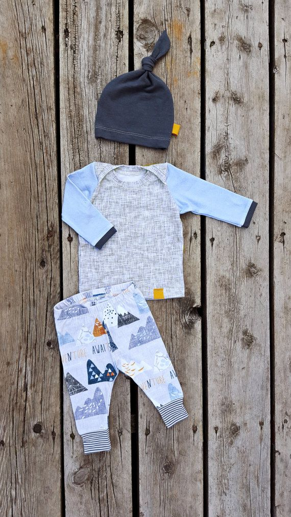 Magical places await for your baby on this mountain adventure coming home outfit.  This 3-piece set includes soft, cotton knit leggings featuring