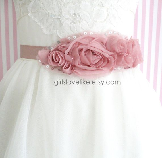 Hey, I found this really awesome Etsy listing at https://www.etsy.com/listing/228858740/vintage-pink-rose-dusty-rose-flower-sash