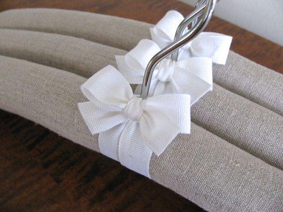 Cintres rembourrés housses de lin naturels avec ruban par ootch