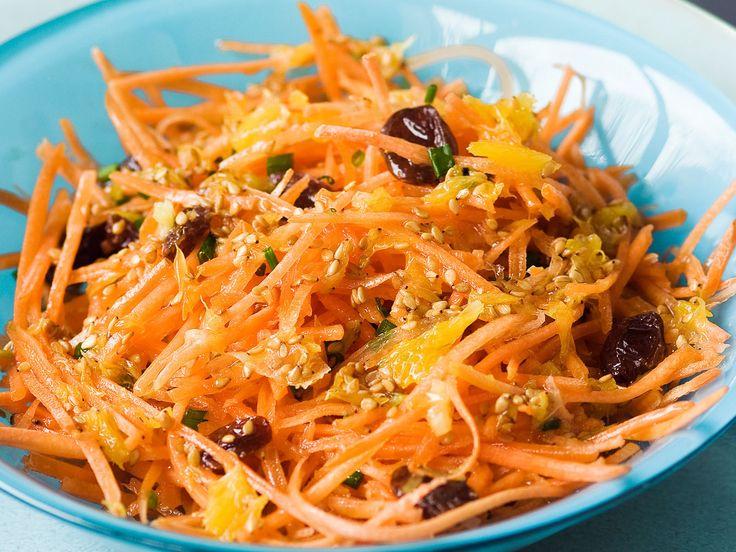 Découvrez la recette Carottes râpées au sésame sur cuisineactuelle.fr.