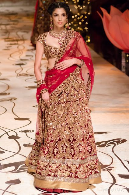"barefootchaos: ""seraphica: "" Rohit Bal's collection for India Bridal Fashion Week - absolutely stunning, and (in my opinion) way more interesting and personal than current western trends. "" gorgeous...."