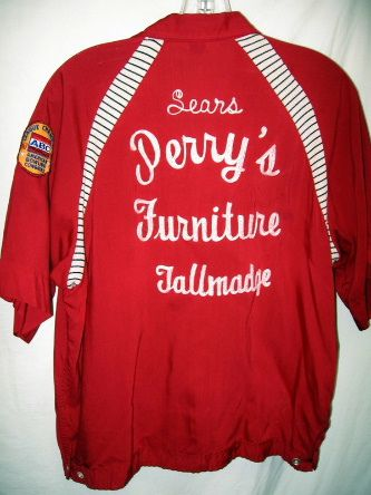 60's VINTAGE RAYON CHAINSTICH BOWLING SHIRT $58.00 - 9 bids | Flickr - Photo Sharing!: Bowling Sweaters, Shirt 58 00, Photo Sharing, Chainstich Bowling