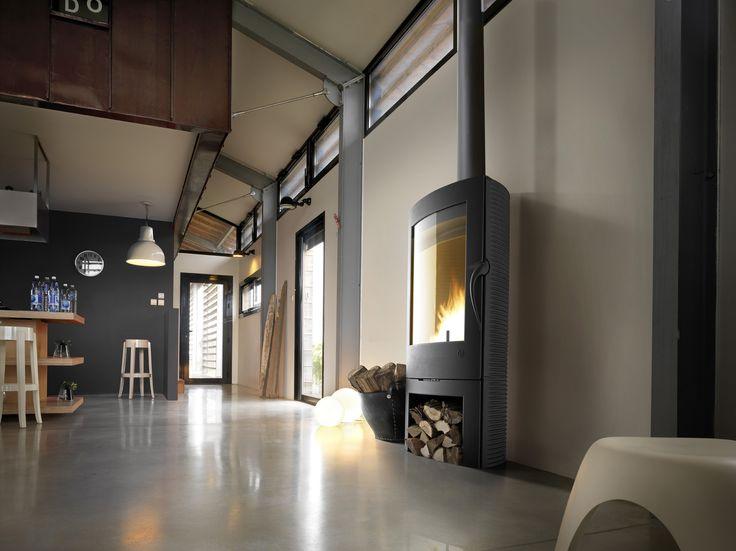 Poêle à bois esthétique et contemporain  Le chauffage sous toutes ses formes