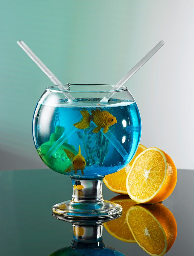 John Artis SUPER-GLOBE  For all your party customers this John Artis is a must have drinking novelty.  This novelty cocktail item is shaped like a classic fishbowl.