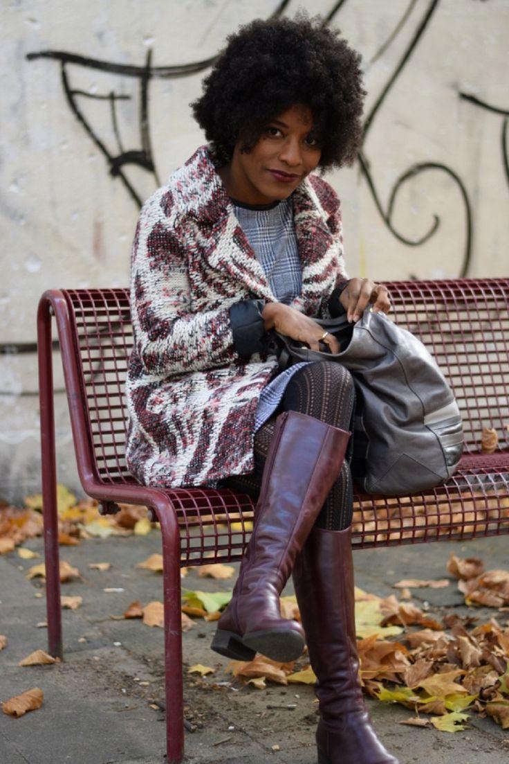 rouge à lèvres burberry oxblood manteau en laine tricotée deux two New outfit post featuring Burberry Oxblood lipstick and a luxe jacket from DEUX TWO http://deadlines-dresses.com/porter-du-rouge-a-levres-au-bureau/