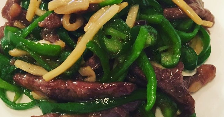 ごはんがススム!中華の定番「旨みたっぷり青椒肉絲(チンジャオロース)」