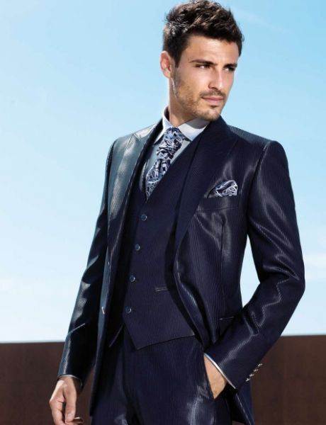 Imma have to get me one of these here suits and facial hairs.