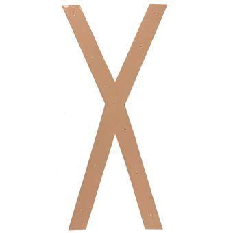 Decoreer een wand met metalen letters of gebruik de letters als accessoire in huis. De letters van vtwonen zijn perfect om het huis weer wat flair mee te geven. Een unieke woonaccessoire van vtwonen!