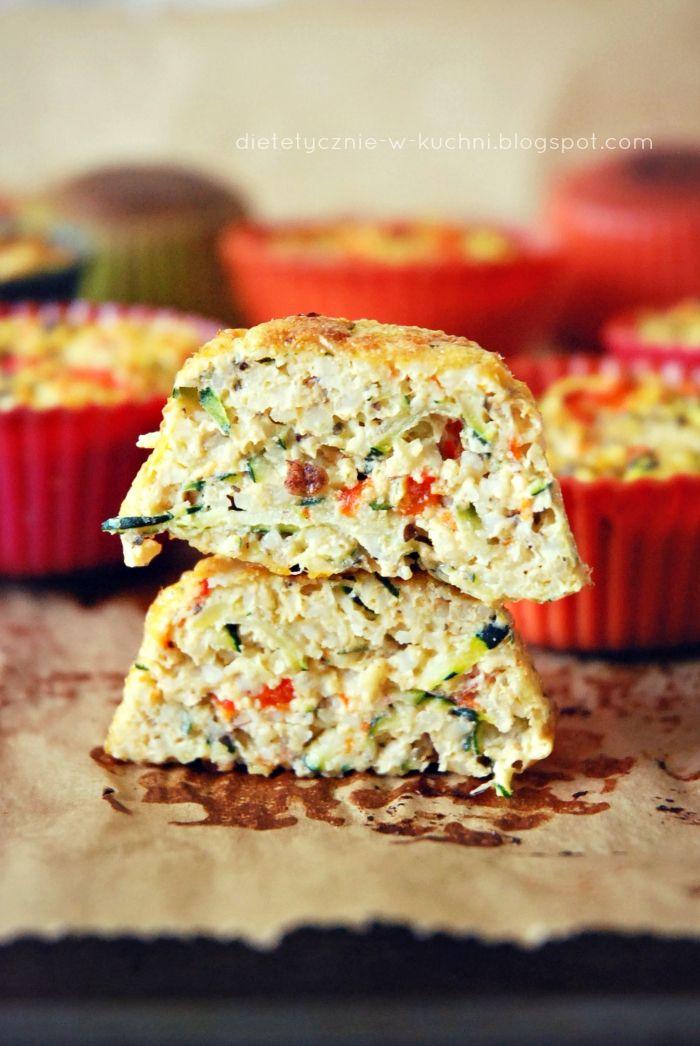 Moje Dietetyczne Fanaberie: Dietetyczne podjaduchy - babeczki jaglane z cukinią
