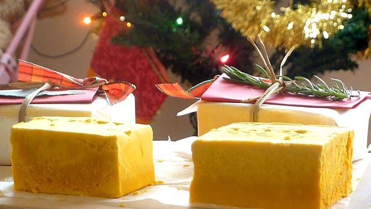 クリスマスプレゼントに最適手作りハチミツ石けんの作り方How to Make Soap - YouTube