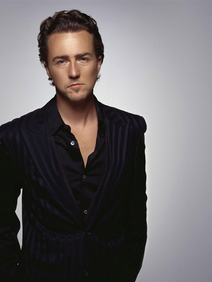 Edward Norton... such an underrated actor! <3