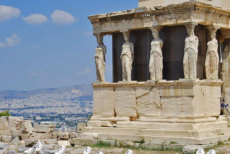 La Cariátides en el partenón. Atenas. www.hojaderutas.com