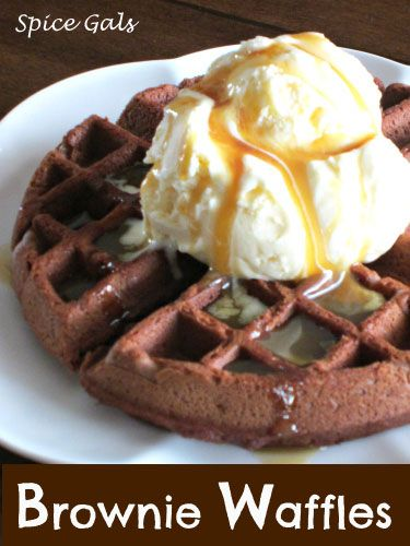Brownie Waffles on MyRecipeMagic.com #browniewaffles #uniquebreakfastideas #waffledessert