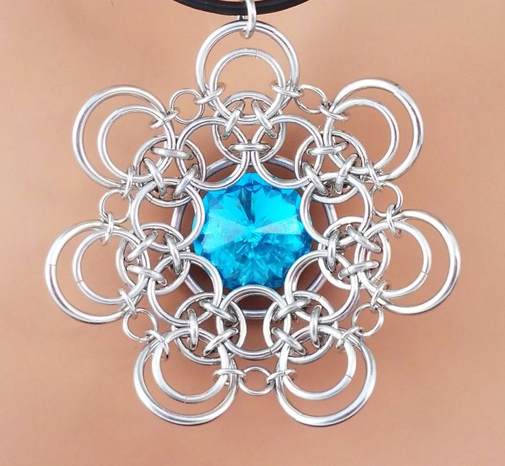 A PDF chainmaille tutorial for a unique cup-shaped unit, great for large pendants, brooches and tree ornaments. Also included are instructions for a smaller and flatter version of the unit, perfect for earrings, pendants, bracelets, hair accessories and