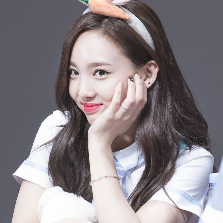 Gonna know which subject I'm having oral exam in tomorrow rip but i've missed my group so much  #twice #트와이스 #nayeon #임나연 #cute #pretty #wow #bunny #예쁜 #かわいい #綺麗 #素敵 #ウサギ #kpop #jyp  @twicetagram