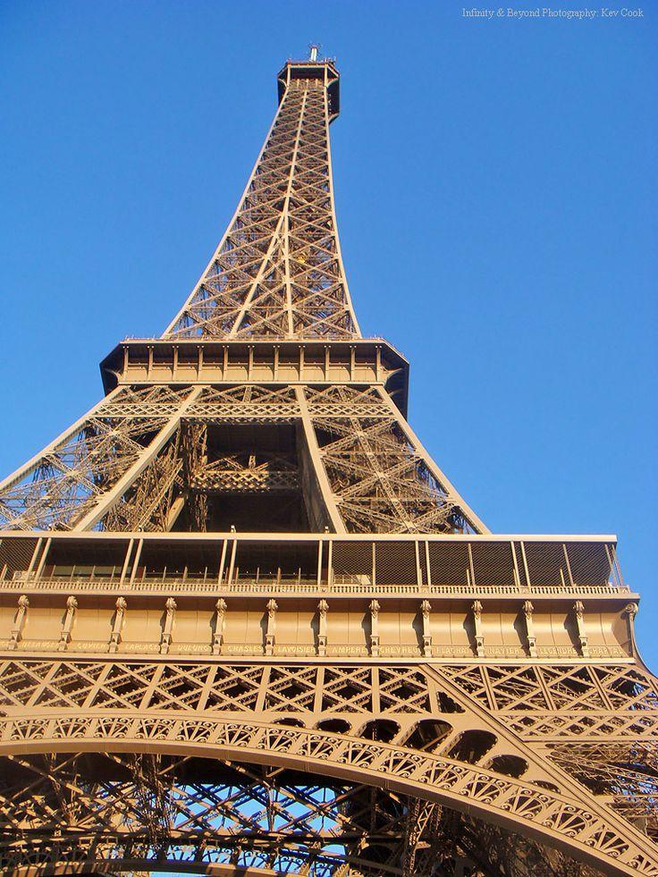 https://flic.kr/p/arkDAq | Eiffel Tower, Paris.