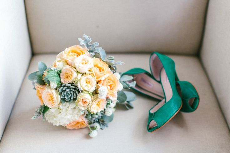 Bouquet de mariée pêche & vert Photo : CaptureLife