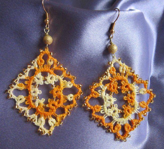 Orecchini gialli al chiacchierino, perla dorata di Piccoli Capricci di Mara su DaWanda.com
