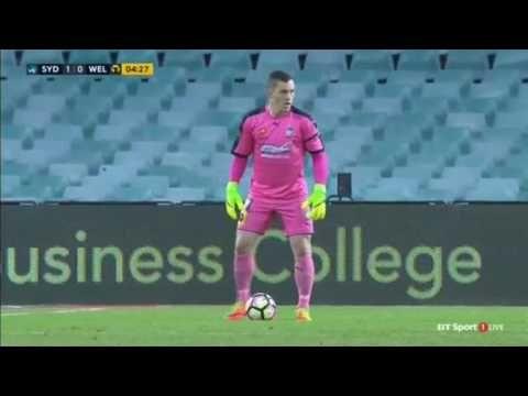 Sydney FC vs Wellington Phoenix - http://www.footballreplay.net/football/2017/02/09/sydney-fc-vs-wellington-phoenix-2/