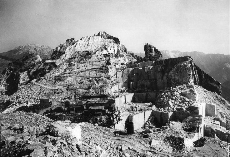 Le cave di marmo di Carrara