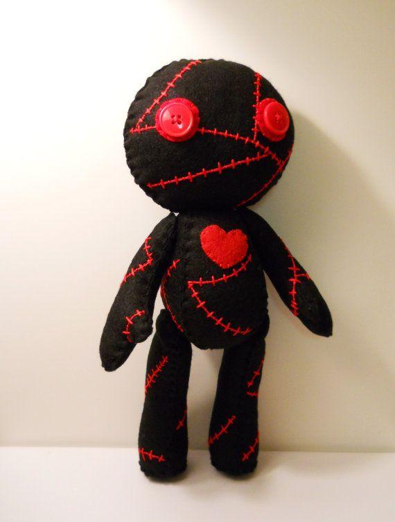 Fieltro cosido zombie cadáver lindo con el juguete relleno muñeca de trapo corazón de la felpa