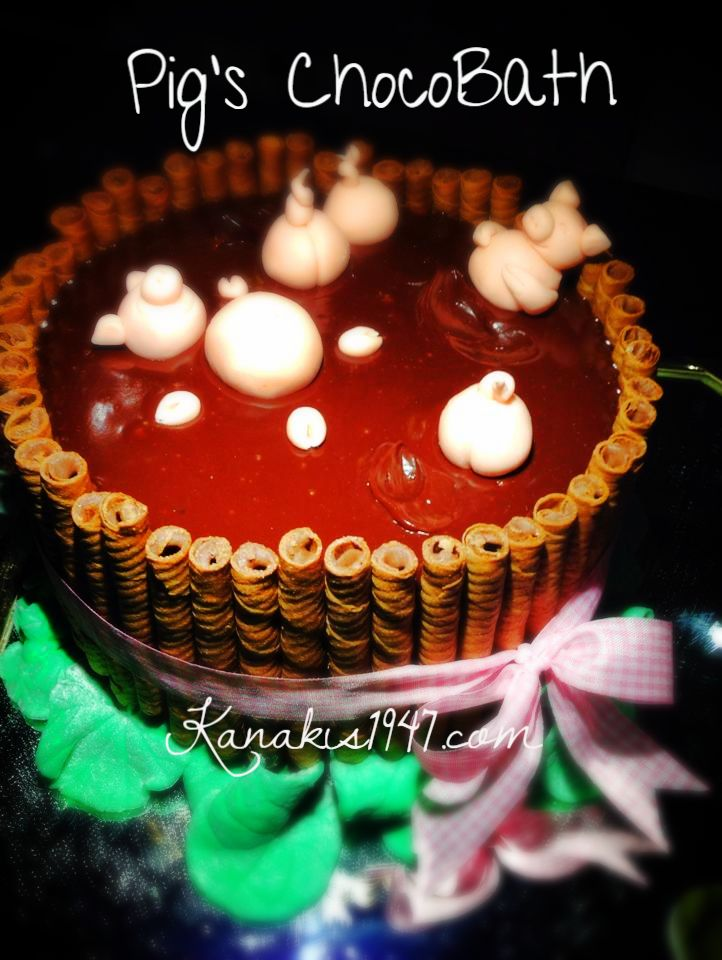 Chocoholic's dream bath.. choco-bath!  http://www.kanakis1947.com/#!premium-bithday-cakes/ci50