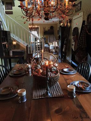 A Warm Table Setting In 2019 Primitive Dining Rooms