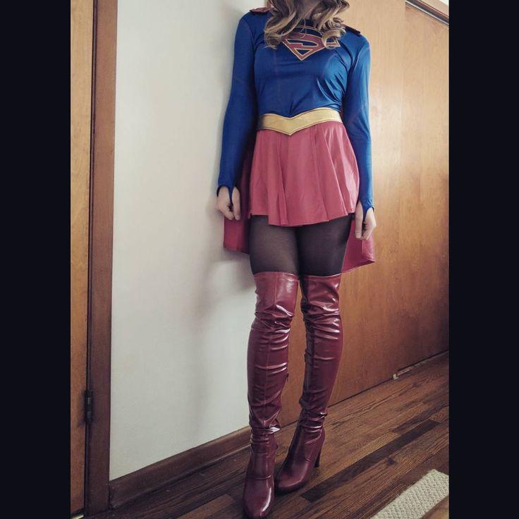 #supergirl #costume #cosplay #cw #melissabenoist #karadanvers #skirt #dress #pantyhose #highheels #heels #halloween #halloweencostume #supergirlcosplay #girl #woman #girlofsteel #legs
