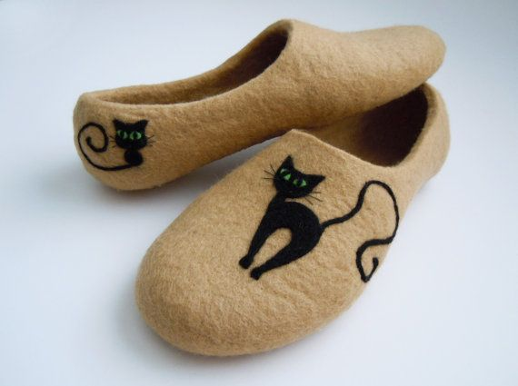 Felted: Felt Black, Felt Slippers, Kitty Cat, Slippers Black, Black Cats, Children, Cat Ladies, Stuffed Animal, Crafts