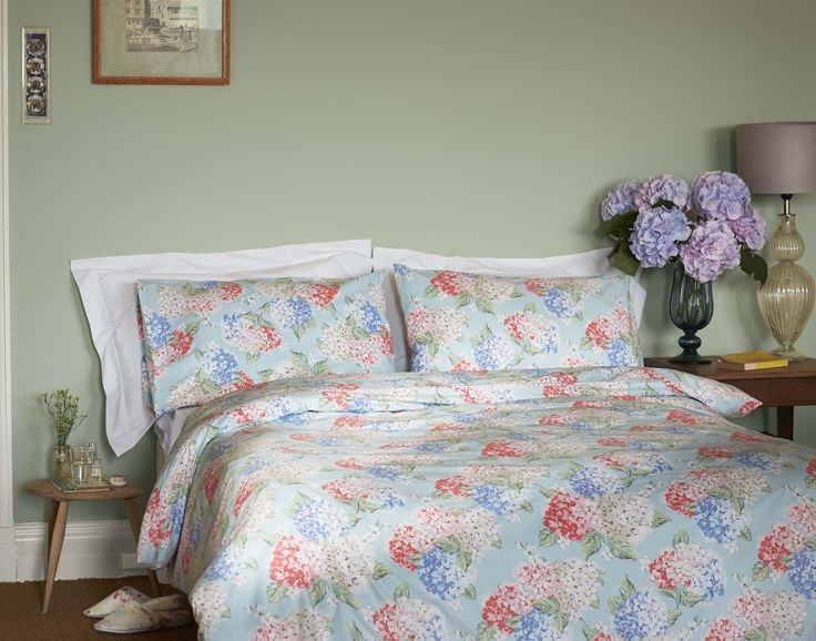 83 best the home of modern vintage images on pinterest for Cath kidston style bedroom ideas