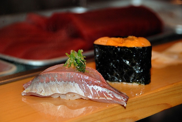 Sushi Dai, Tsukiji Fish Market - Tokyo by Yelena_YK, via Flickr