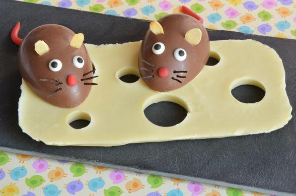 La souris gourmande et son gruyère de chocolat blanc, recette issue du livre Lapin de Pâques Lindt Or. Facile à faire, elle enchantera vos petits convives
