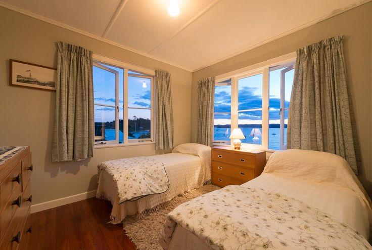 Master bedroom - NEW QUEEN BED!!